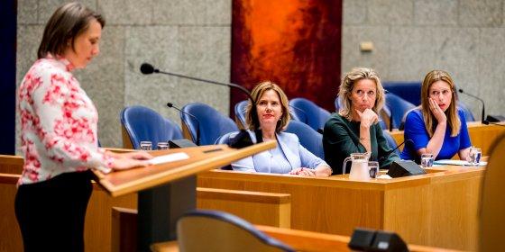 Chaos rond stikstofbeleid verdeelt coalitie: 'Nederland zit op slot'
