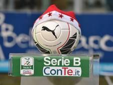 Italiaanse keeper dribbelt bij counter tot zestien tegenstander