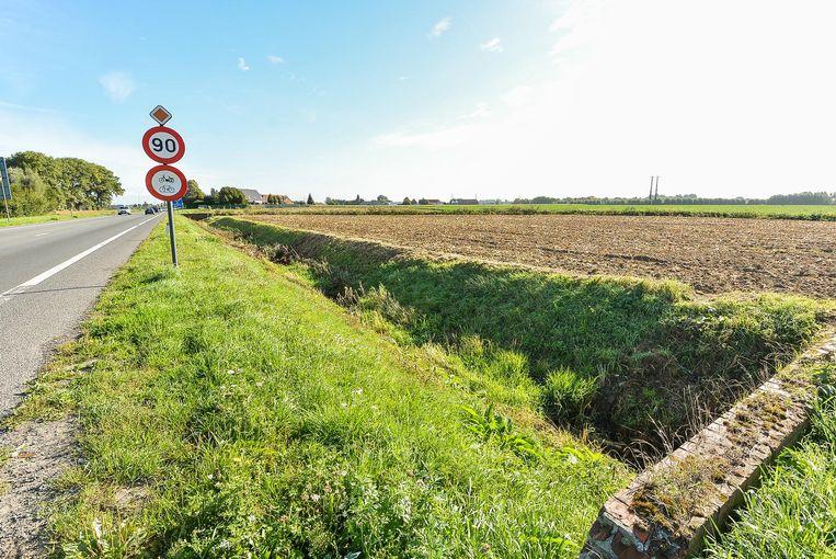 De provincie wil op Menen-West een regionaal bedrijventerrein aanleggen. Een deel daarvan zou op het grondgebied van Geluwe liggen.