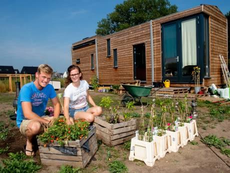 Klein huis, grote uitdaging: Charlotte en Dirk wonen in een tiny house
