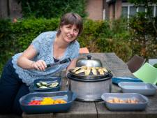 Ellecomse Tamara schrijft boek over alledaagse gevaren: 'Pas op de zwarte randjes van de barbecue'