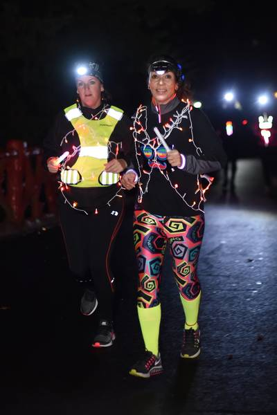 Light the Night in Breda: Feeërieke avond op hardloopschoenen