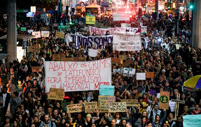 Protestdemonstratie, vrijdag, tegen het beleid van president Bolsonaro in het Amazonegebied.