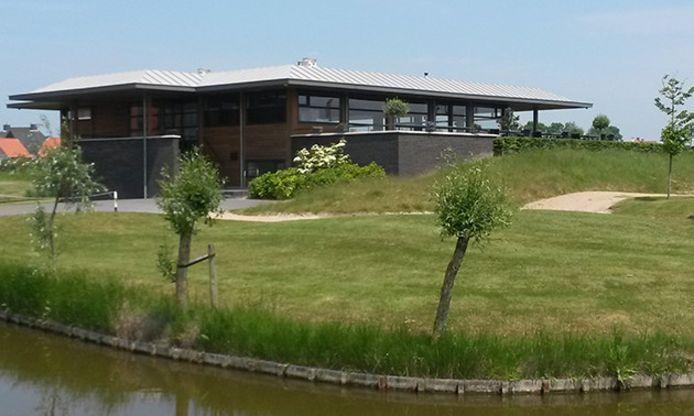 Clubhuis op De Zeeuwsche.