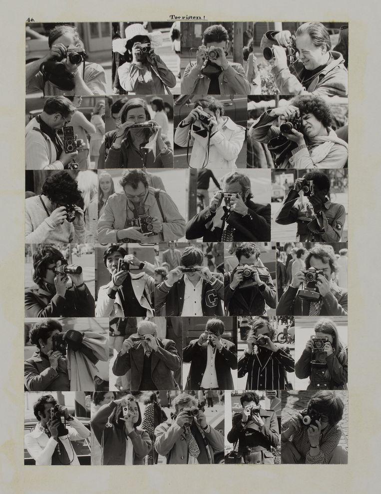 Collagevellen van Jos Houweling met foto's  van het Amsterdamse straatbeeld uit het 700 centenboek Amsterdam, 1975. Beeld G. Meguerditchian / Centre Pompidou