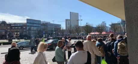 NS na chaos op stations in Brabant:  'Altijd te weinig bussen bij grote storing'