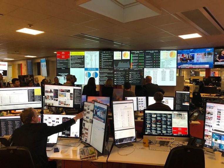 De newsroom van de tabloid Expressen in Stockholm. Beeld Philippe Remarque