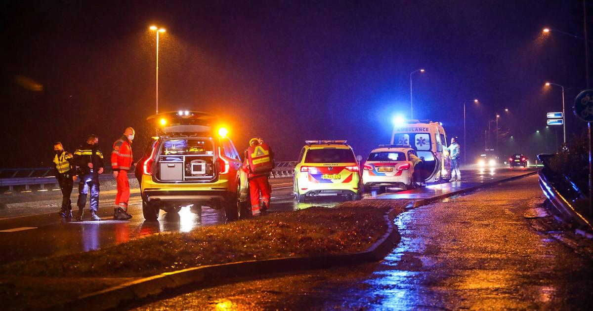 Traumateam komt in de benen voor ongeval bij paardenstal in Loenen.