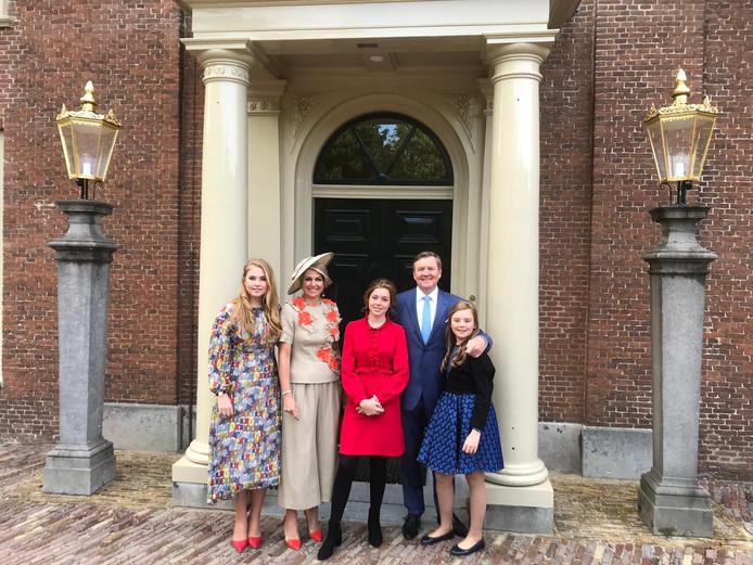 Koningin Máxima En Prinses Amalia Stralen In Creaties Van Belgische