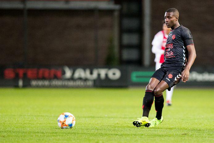 Mark Pabai maakte de 2-1 voor Jong FC Utrecht.
