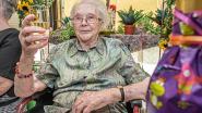 Maria Eecklo viert 100e verjaardag met glaasje bubbels