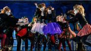IN BEELD: Elita doet duizenden griezelen tijdens Halloweentocht