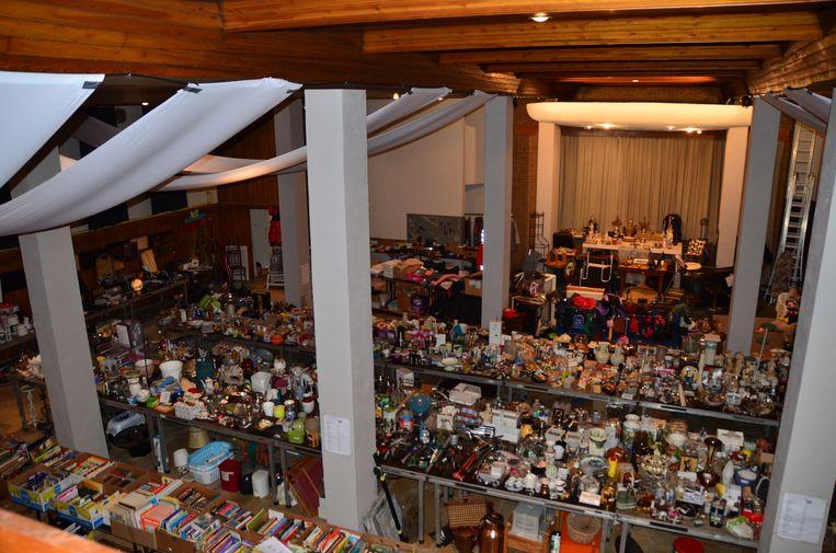Een sfeerbeeld van de vorige editie van de rommelmarkt in de Cultuurfabriek.