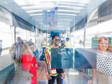 Kenny B. opent minimuseum in een wachthokje op Arnhems station