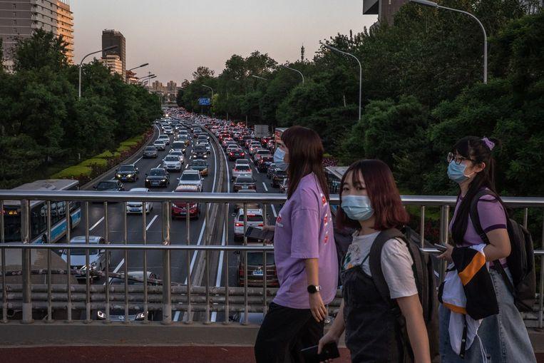 In Shanghai liggen de laatste niveaus nu al weer 9 procent hoger dan vorig jaar. Beeld EPA