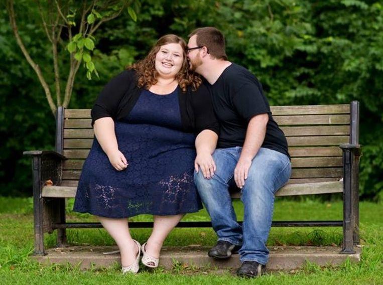 Lexi met haar man Danny voor ze aan haar grote avontuur begon.