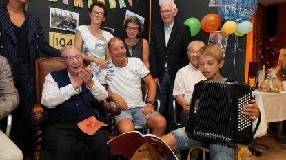 Accordeonmuziek voor 104de verjaardag Oscar