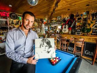 """""""Mijn obsessie is een beetje ziekelijk, zeggen ze"""": 40 jaar geleden bracht U2 z'n debuutalbum uit. Dat laat deze superfan niet zomaar passeren"""