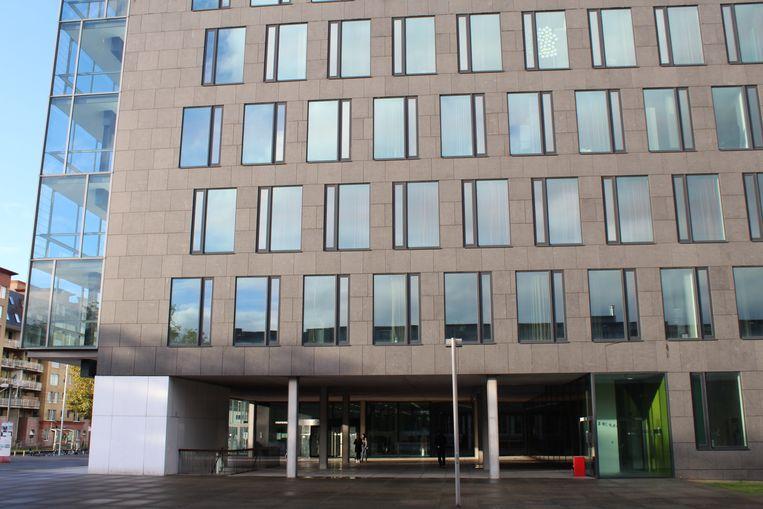 De man verscheen maandag voor de correctionele rechtbank in Gent.