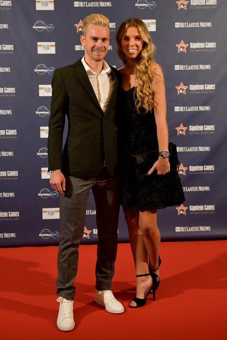 Julien Vermote met vriendin Laura Segers.