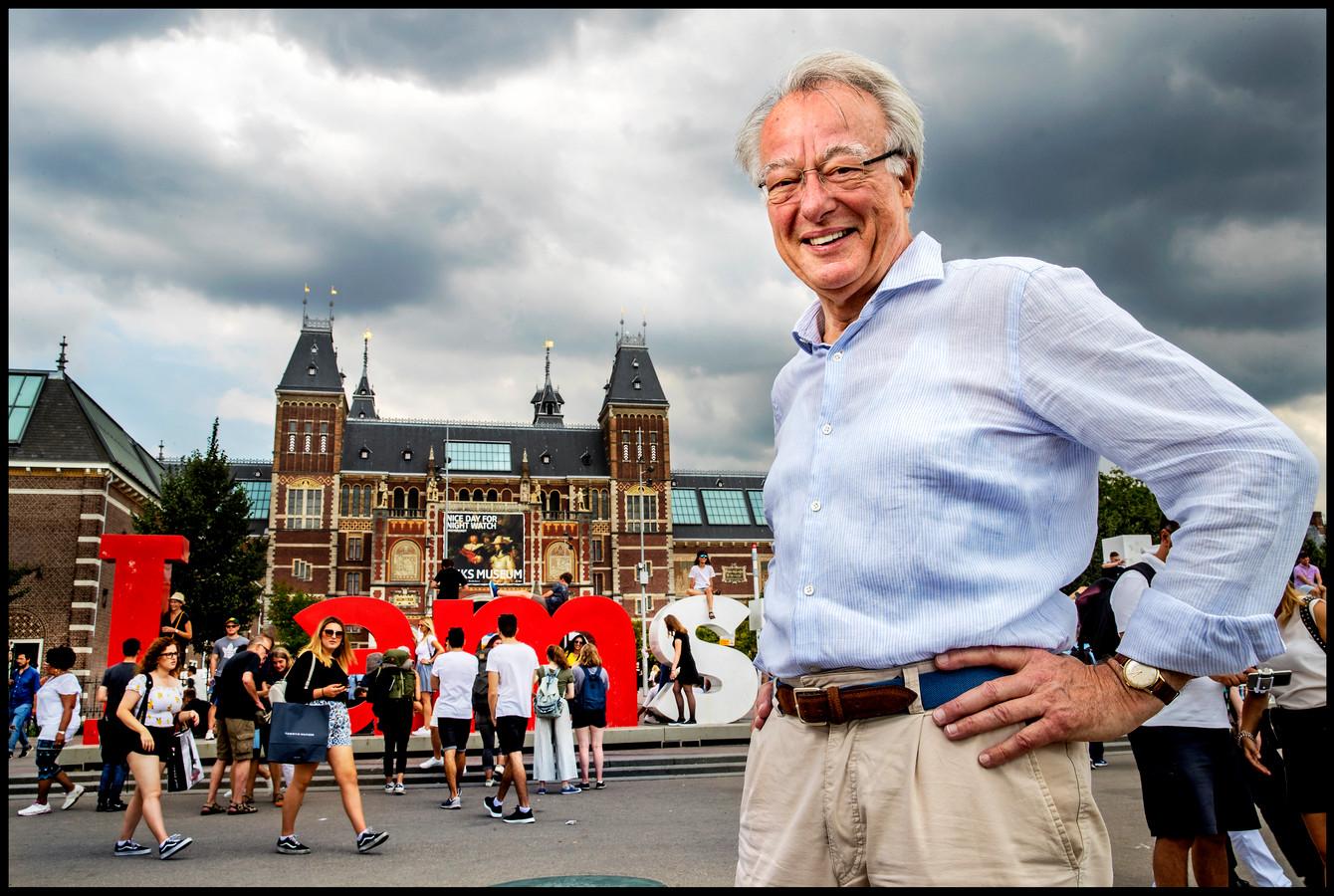 Jozias van Aartsen voor het Rijksmuseum.