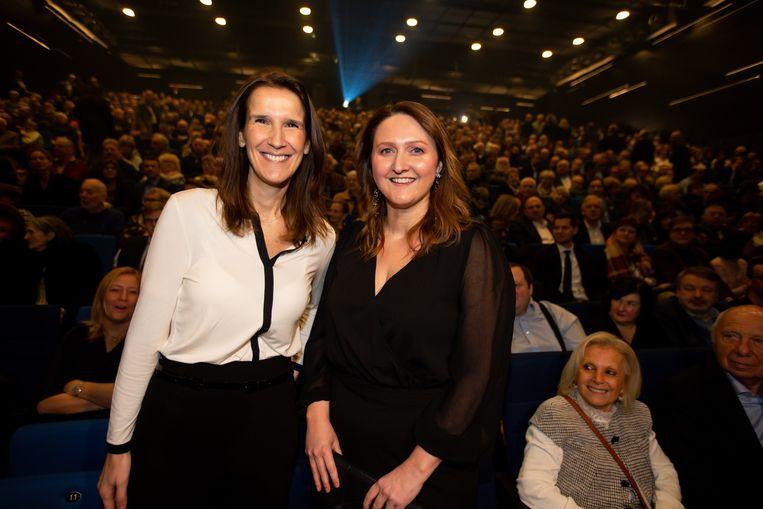 Premier Sophie Wilmès en Open Vld-voorzitter Gwendolyn Rutten.