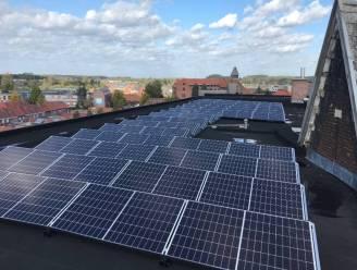 Sociale huisvestingsmaatschappij Zonnige Kempen plaatst komende jaren 27.609 zonnepanelen op 1.222 daken