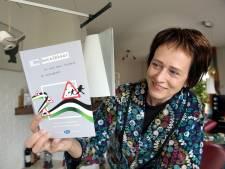 Anki (61) uit Dalfsen schrijft boek over vluchtelingen: Het zijn overwinningsverhalen, geen ellende