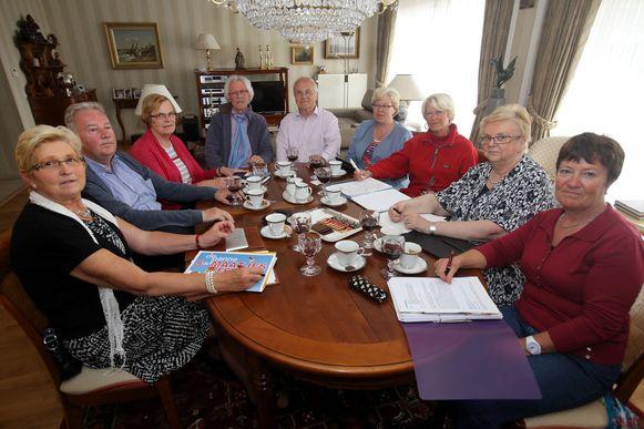 Seniorenvereniging Neos houdt een crisisvergadering over de datum van hun maatjesfestijn.