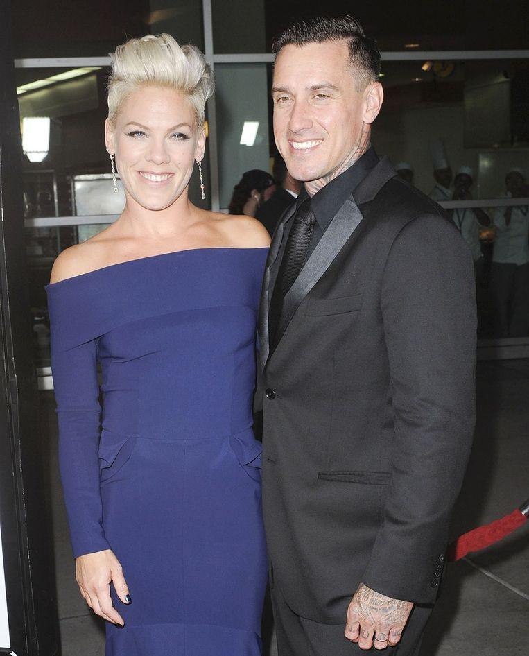 Pink samen met echtgenoot Carey Hart.