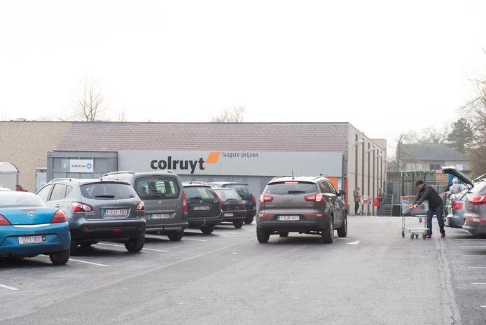 Warenhuisketen Colruyt wordt gesloopt en opnieuw opgebouwd.