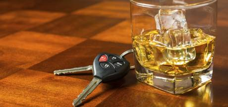 Politiemedewerker verdacht van alcohol achter het stuur: buiten functie gezet