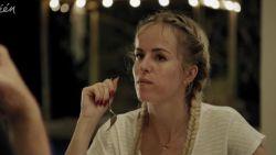 Josje in 'Die Huis': geloof, veganisme, het einde van K3 én een bezoekje van Kathleen