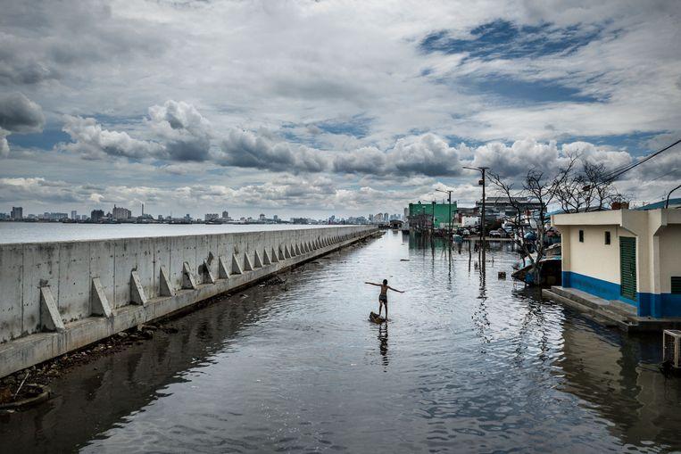 Jakarta na orkaan Michael, 2018. Beeld Kadir van Lohuizen