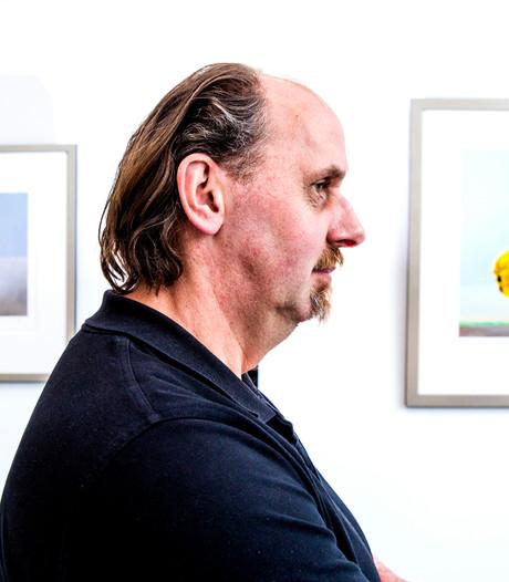 Kees Blom maakt schilderij van 18.000 euro