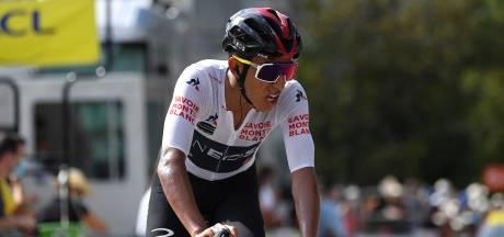 Egan Bernal abandonne le Dauphiné à cause de douleurs au dos