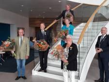 Almelose vrijwilligers krijgen toch nog hun koninklijke lintje opgespeld