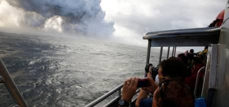 Opvarenden toeristenboot Hawaii gewond door 'lavabom'