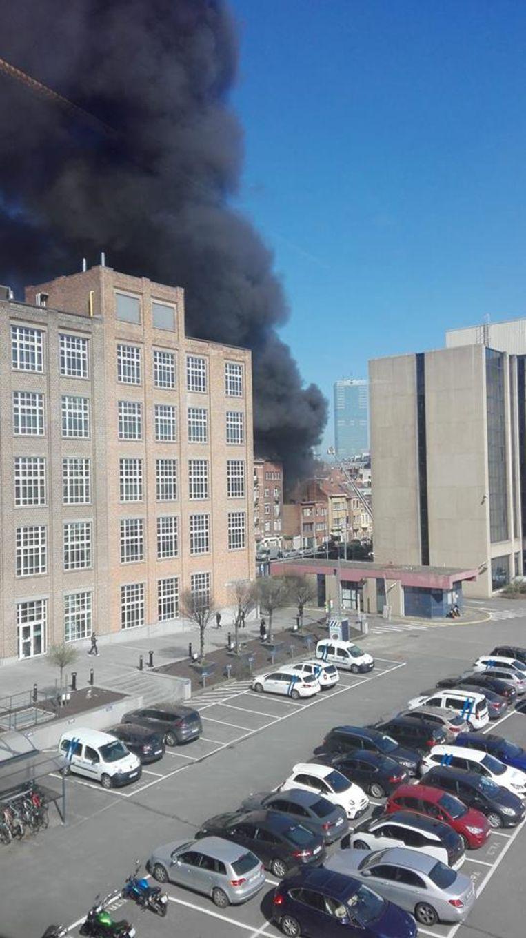 De oorzaak van de brand is nog niet bekend.