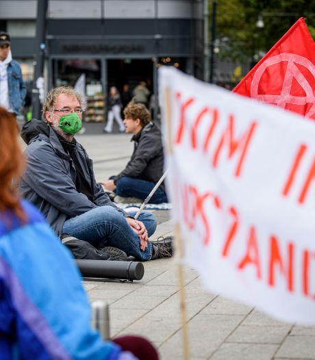 Klimaatpicknick in Enschede: 'De aarde kan niet wachten op corona'