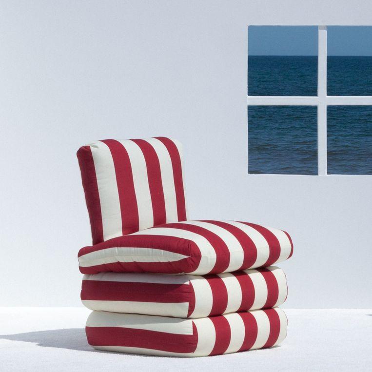 De 'pillow'-stoel van Ash NYC doet denken aan gestapelde kussens, circa € 886. pillowchair.nyc Beeld