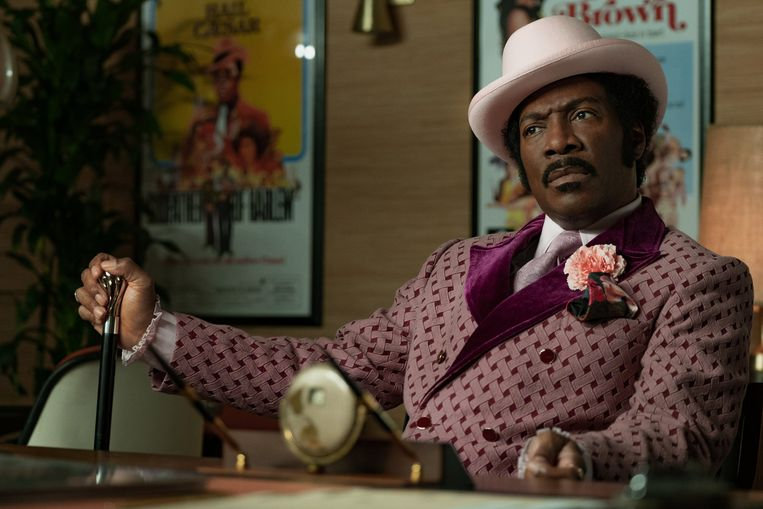 Eddie Murphy als de comedy- en rappionier Rudy Ray Moore in 'Dolemite Is My Name' (2019). Beeld