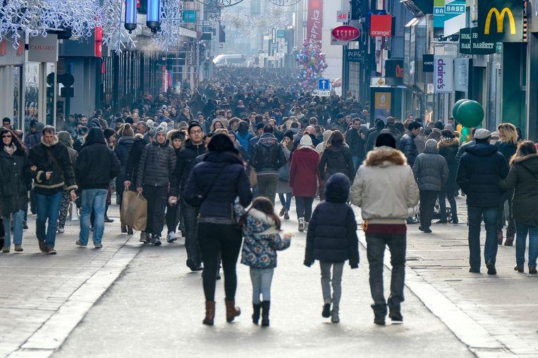 Gisteren, een dag voor de solden, was het al over de koppen lopen in de Brusselse winkelstraten.