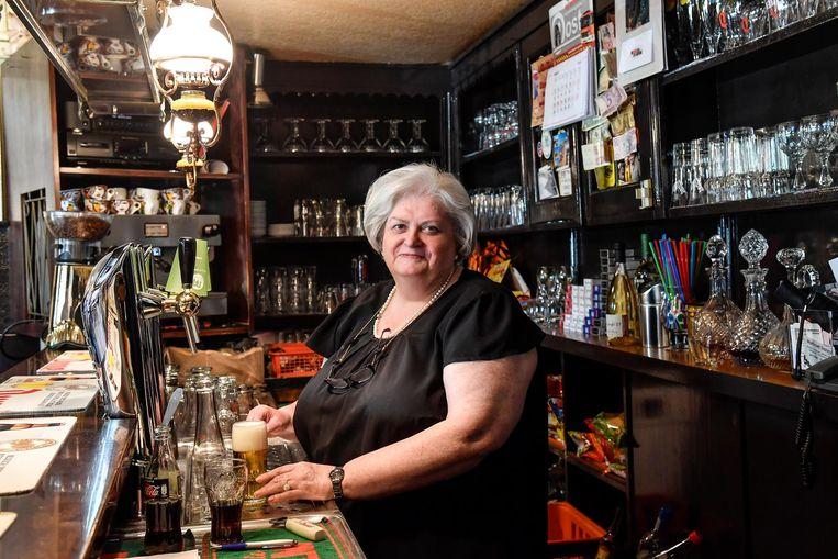 Cafébazin Marleen staat al 40 jaar achter haar vertrouwde tapkraan.