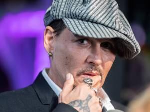 Johnny Depp poursuivi en justice par ses anciens avocats