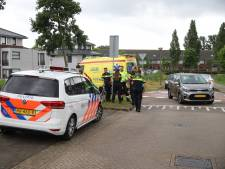 Vrouw gewond na aanrijding op Vliehors in Nootdorp