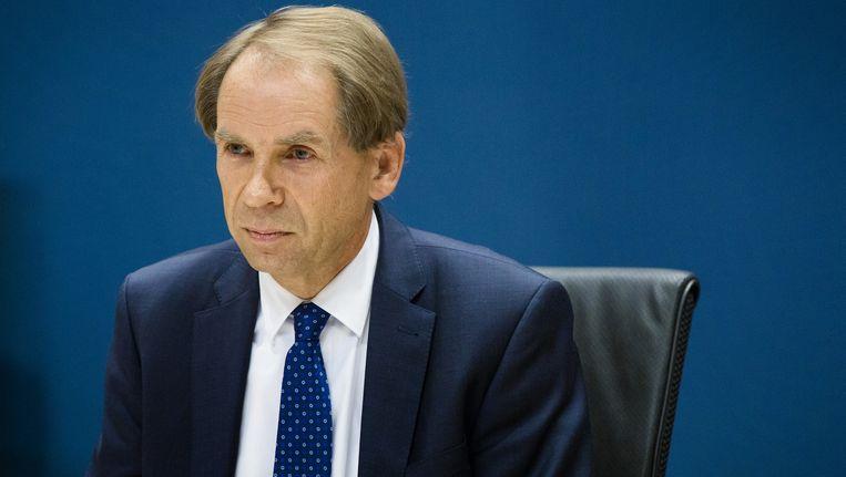 Engelhardt Robbe, tijdelijk CEO van de NS, verschijnt voor de parlementaire enquetecommissie Fyra. Beeld anp