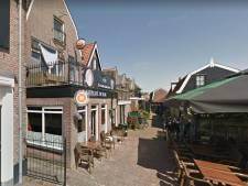 Boete en dwangsom Café De Slok: 'Bezoekers stonden schouder aan schouder te springen en zingen'