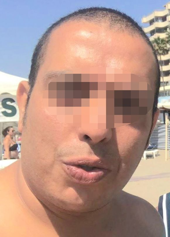 Ridouan O. (39) sneed zijn ex-partner Jill Himpe (36) de keel over.