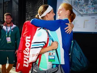 En dat op kerstavond: tennissters Greet Minnen en Alison Van Uytvanck verloofd